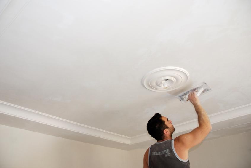Как женщине сделать ремонт в квартире одной (самой)?